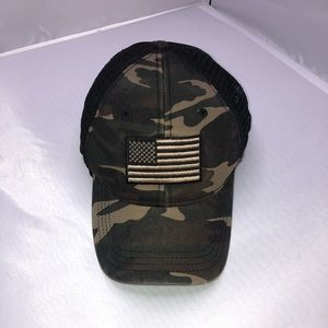 Camouflage Men's American Flag Hat